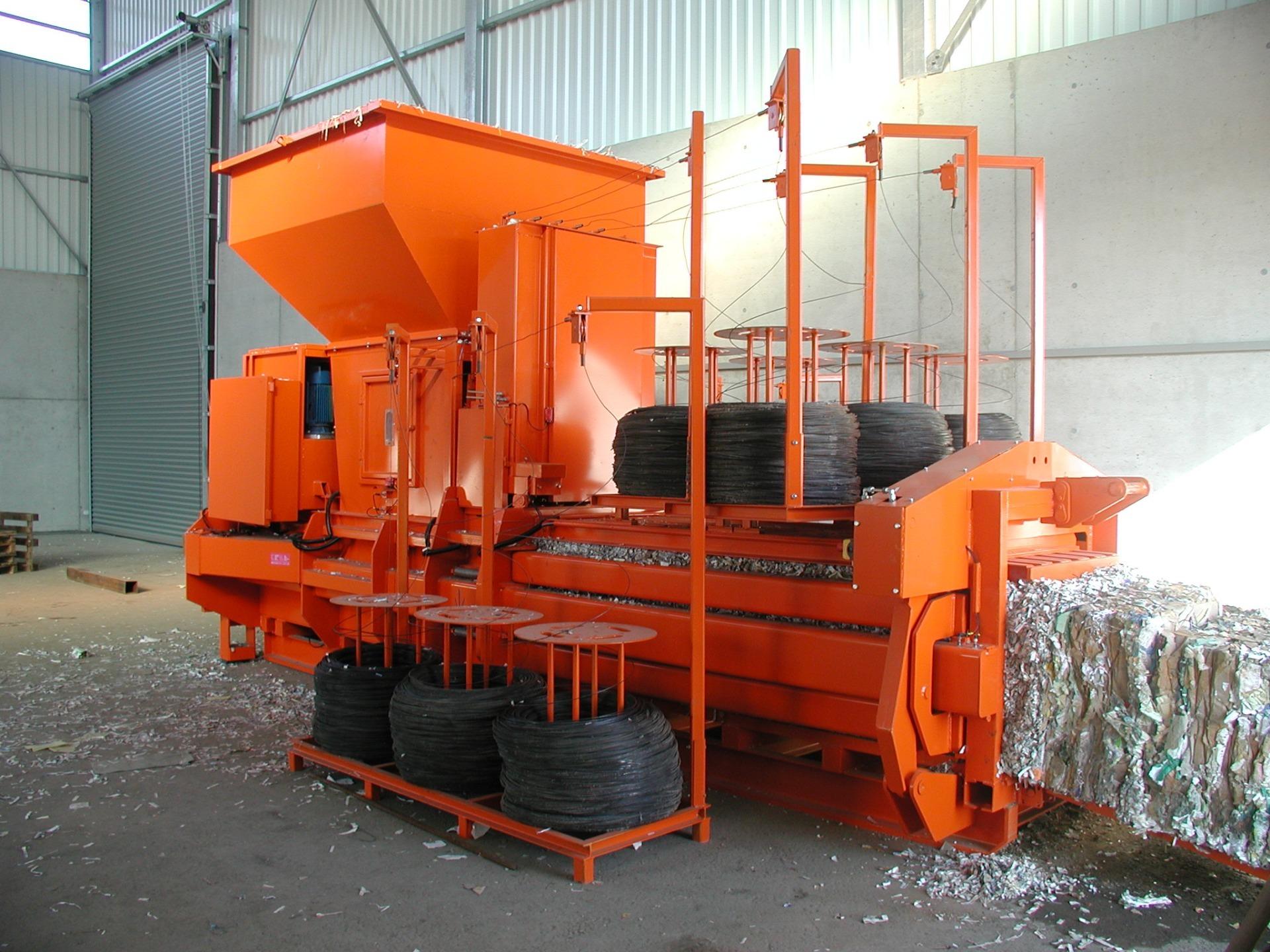 ALBAMAT-V-–-Prese-automate-de-balotat-reciclabile-5.jpg